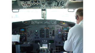 Airlines to require 2 crew members in cockpit at all times