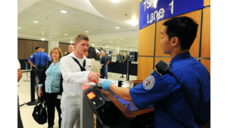 Felon using expedited airport security lane renews concerns