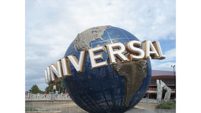 Universal Orlando makes metal detectors permanent at its theme parks