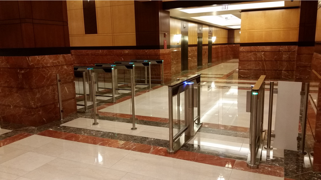 Slimlane Optical Turnstile With 72 Quot Glass