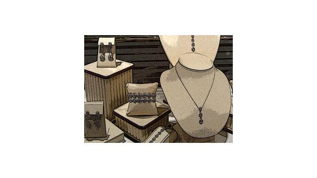 Jewelry_10486757.jpg