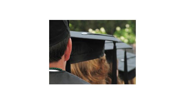 graduation2_10545240.jpg