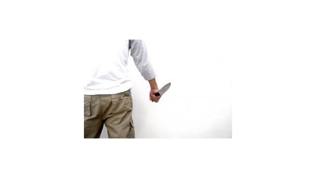 knife.jpg_10490611.jpg