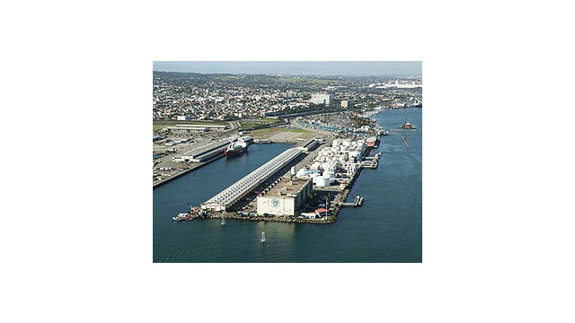 Port-of-LA-dock.jpg_10517894.psd