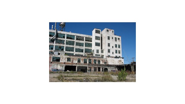 Detroit-Derelict-Building2-300-sxc-anttank.jpg_10497498.jpg