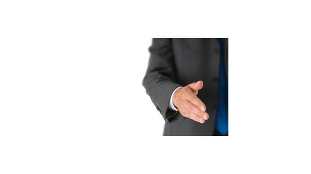 Handshake_10492061.jpg