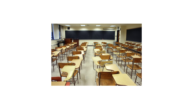 SchoolDesks.jpg_10489440.jpg
