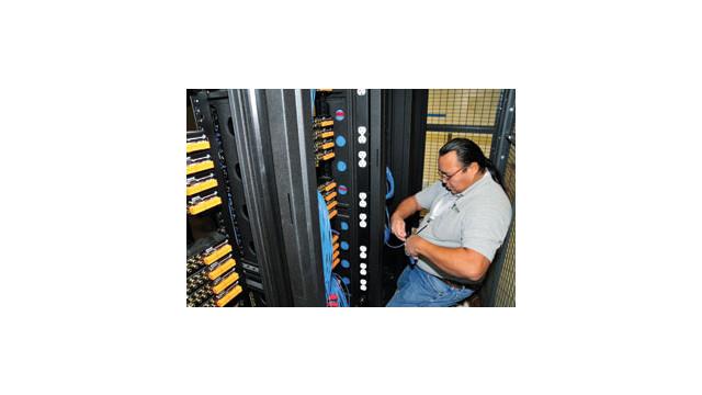 TSI-installer-paddleboards.jpg_10536916.jpg
