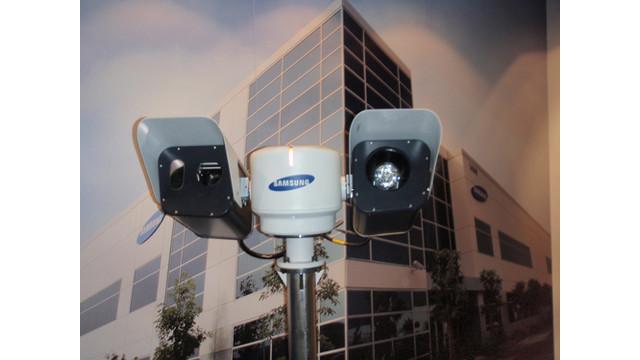SamsungRobotCamera.jpg_10474565.jpg
