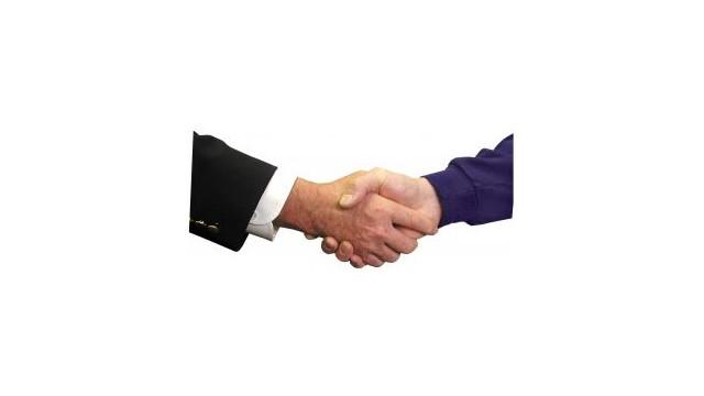 handshakestockexchange.jpg_10472975.jpg