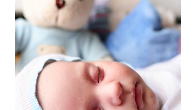 infant-baby-sxc-milan6.jpg