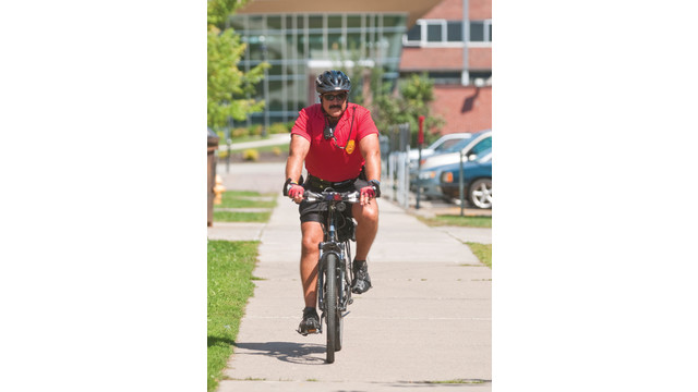 campus-bike-officer_10754869.psd