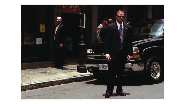 bodyguard-photo_10778154.psd