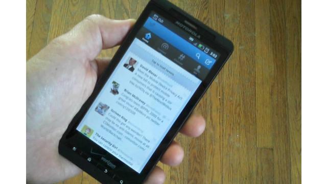hand-phone-Twitter-social-media.jpg