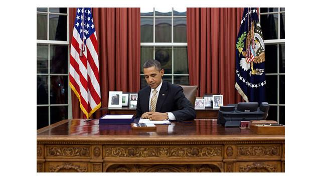 Obama-signs-legislation.jpg