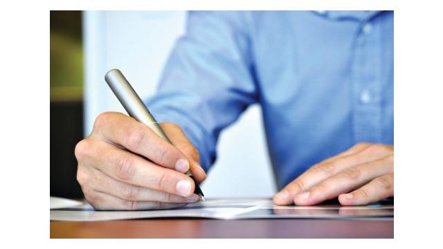 writing-business-plan-stock_10835712.psd