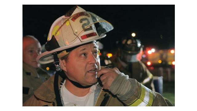 emergency-radio-communications_10892526.psd