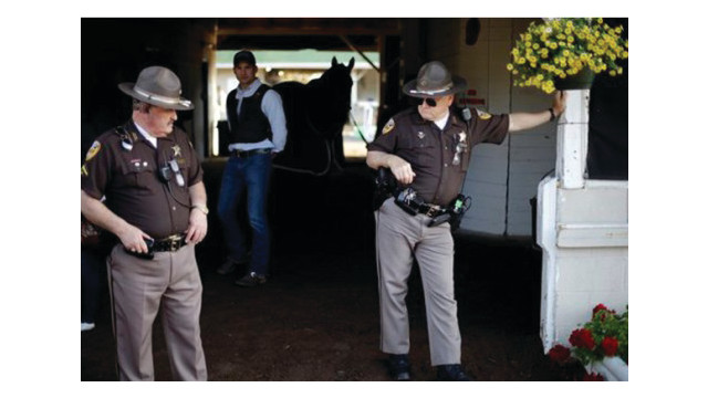 kentucky-derby-police_10933564.psd