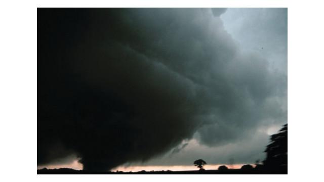 tornado-stock_10960351.psd