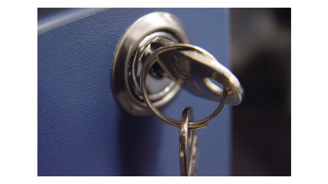 lock-and-key_10983590.psd