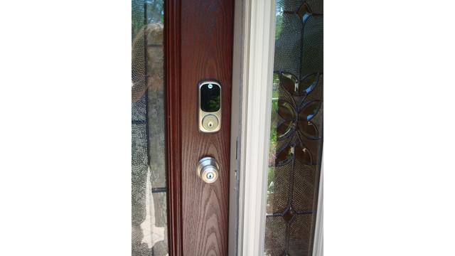yale-front-door-keypad.JPG