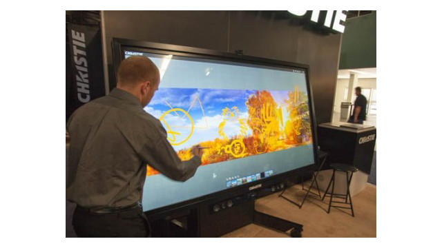 Christie-QuadHD84-LCD-flat-panel-display-1.jpg