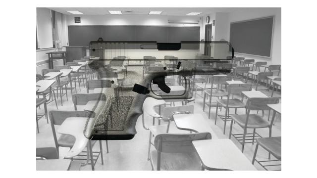 guns-and-desk-bw_11303591.psd