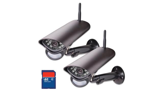 cameras-with-sd-card_11317407.psd