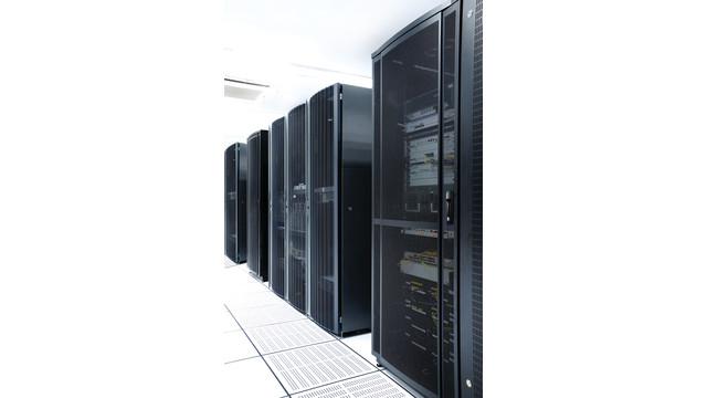 hes-ks100-on-server-door_11313889.psd