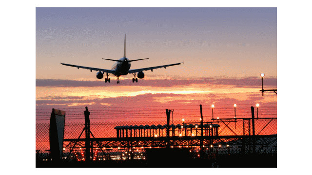 plane-landing-at-sunset-stock_11442583.psd